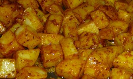 bratkartoffeln f r heike bombay kartoffeln mit vielen gew rzen perfekt zu curry co und mal. Black Bedroom Furniture Sets. Home Design Ideas
