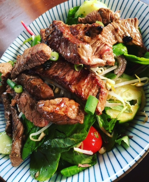 Thai Salat Asia Dressing Steak Streifen gegrillt Foodblog German Abendbrot